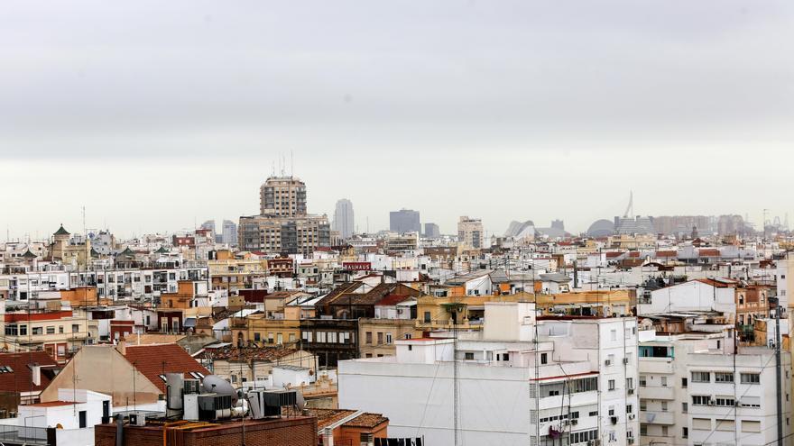 El aire contaminado cuesta a València 849 € por persona al año, según estudio