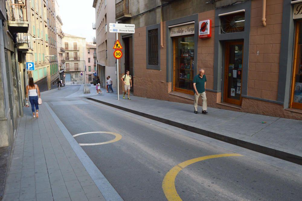 El carrer del Joc de la Pilota es va renovar el 2016.