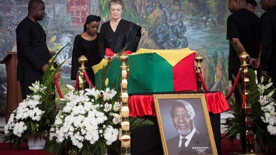 Ghana despide a su Nobel de la Paz