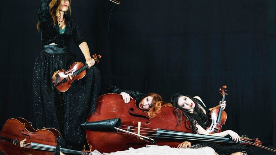 Luna de Agosto -  Stradivarias el retorno