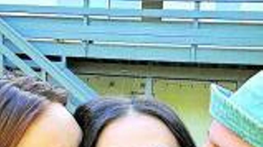 Demi Moore, eufórica con la boda de su hija