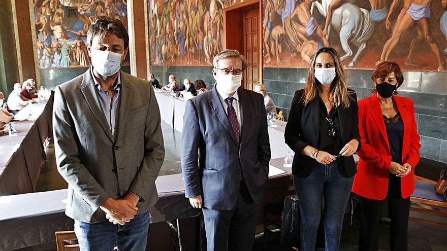 El Gobierno central dará fondos para exhumar fosas comunes en Asturias