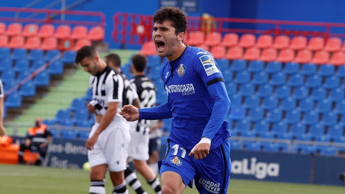 Carlos Aleñá signed five seasons for Getafe.