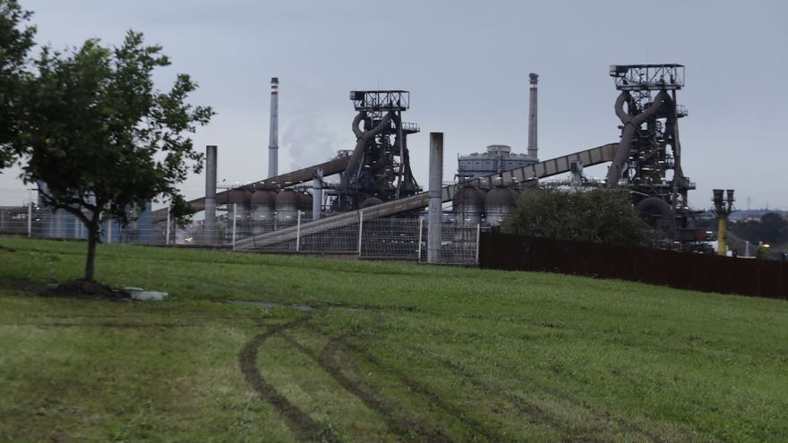 La plantilla de Arcelor suspende la huelga con la jubilación anticipada de 100 empleados