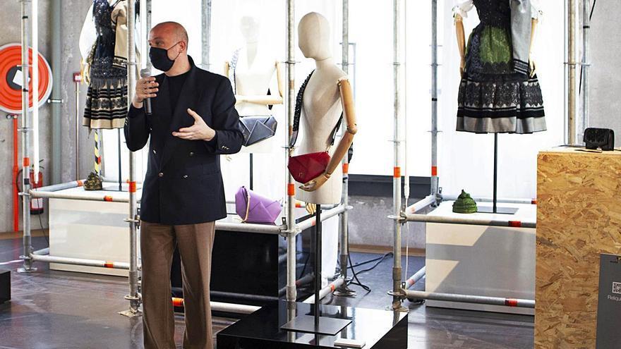 El traje de llanisca se pone de moda en Madrid