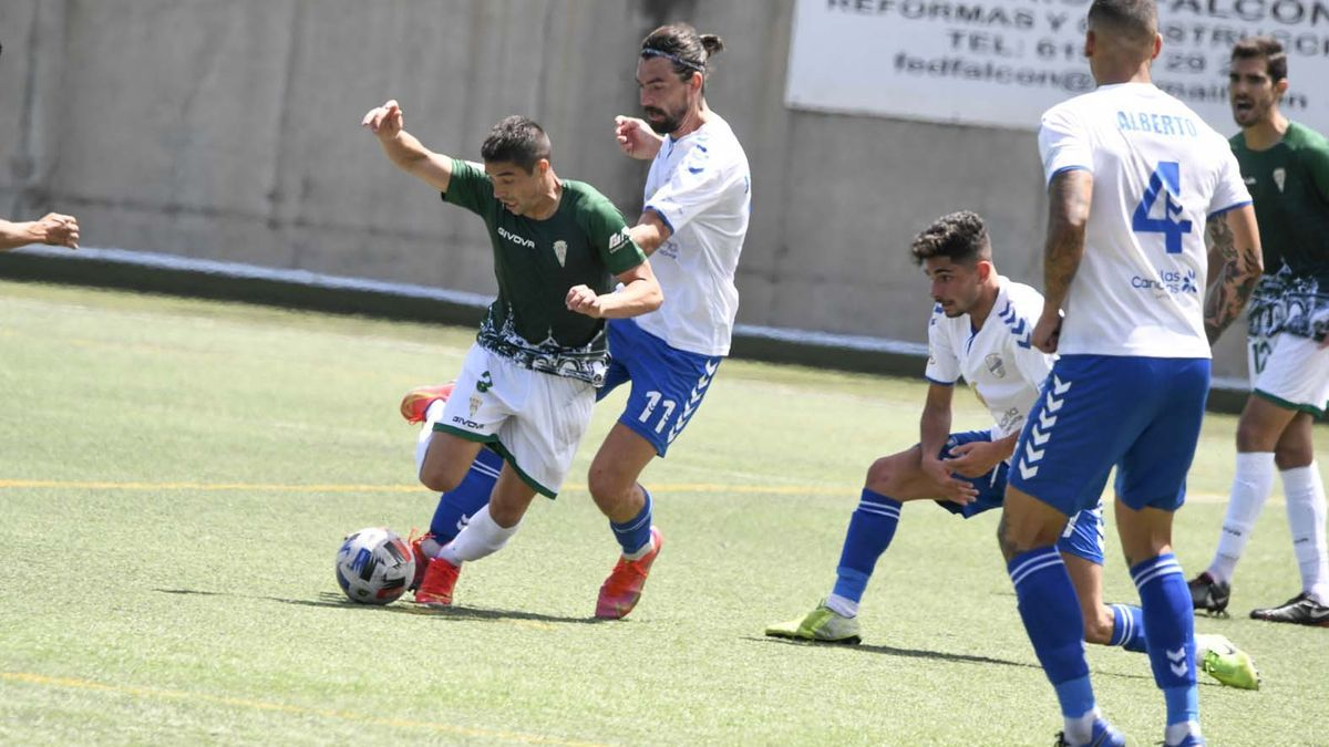 Las imágenes del Tamaraceite-Córdoba  CF