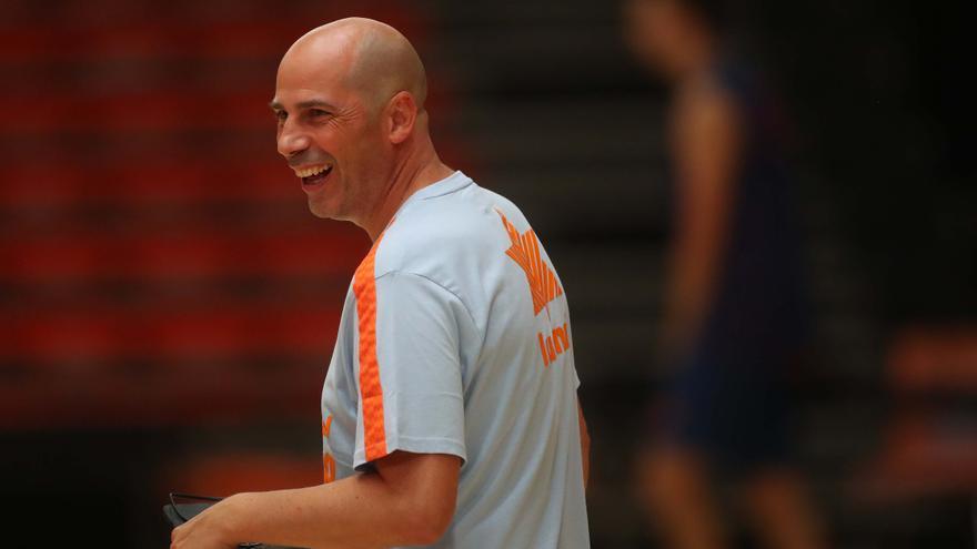El Valencia Basket busca un nuevo impulso con Peñarroya y el regreso de Claver
