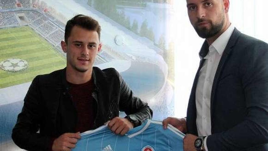 El Celta traspasa al serbio Dejan Drazic al Slovan de Bratislava