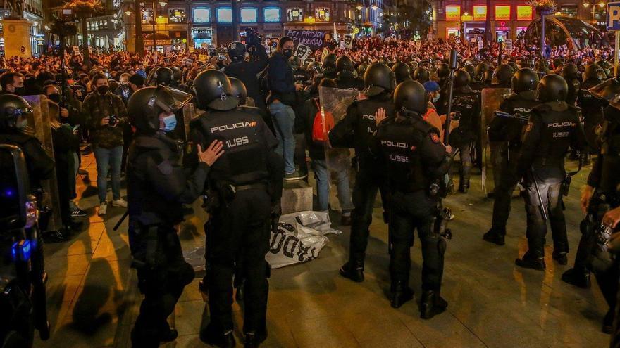 Ponen en libertad a 13 de los detenidos en Madrid por los altercados en protesta por Hasél