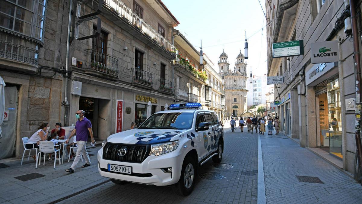 Un vehículo policial en Pontevedra