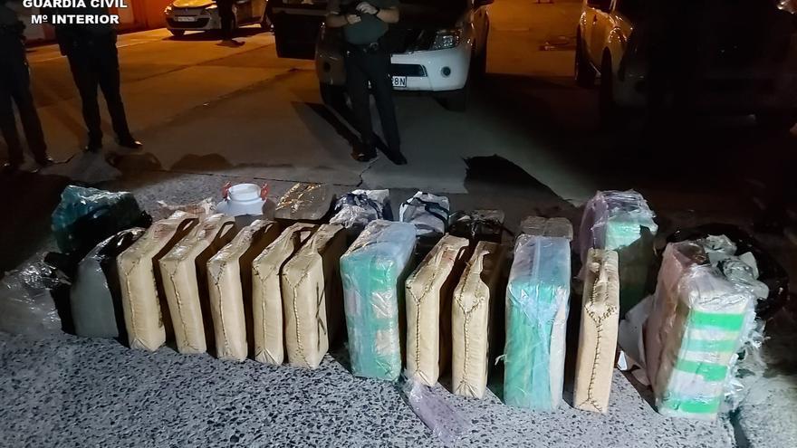 Detenidas seis personas relacionadas con un intento de introducción de migrantes irregulares y drogas en Lanzarote