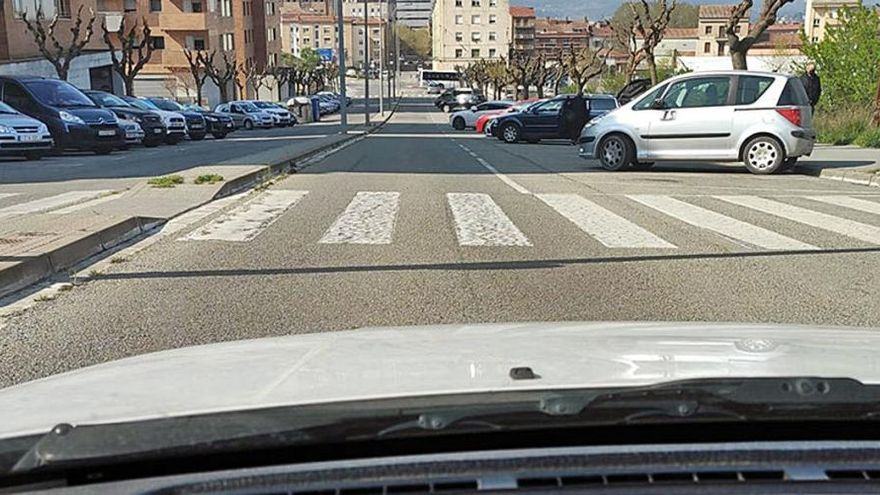 Passos de vianants amb molt poca visibilitat posen en perill els seus usuaris