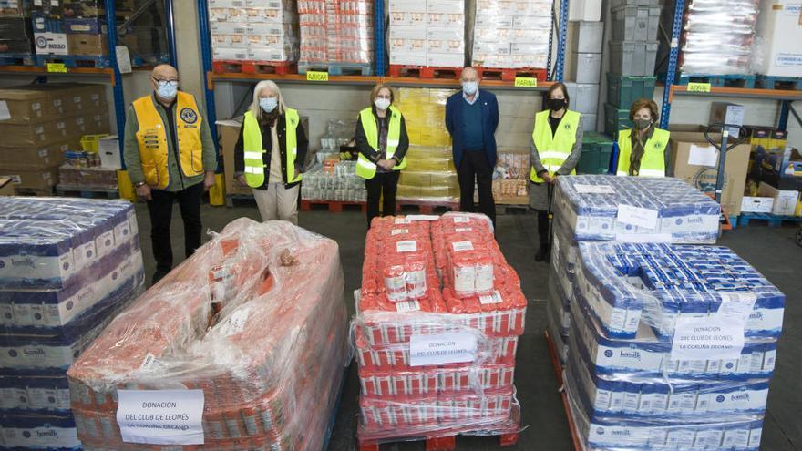 Donación del Club de Leones al Banco de Alimentos
