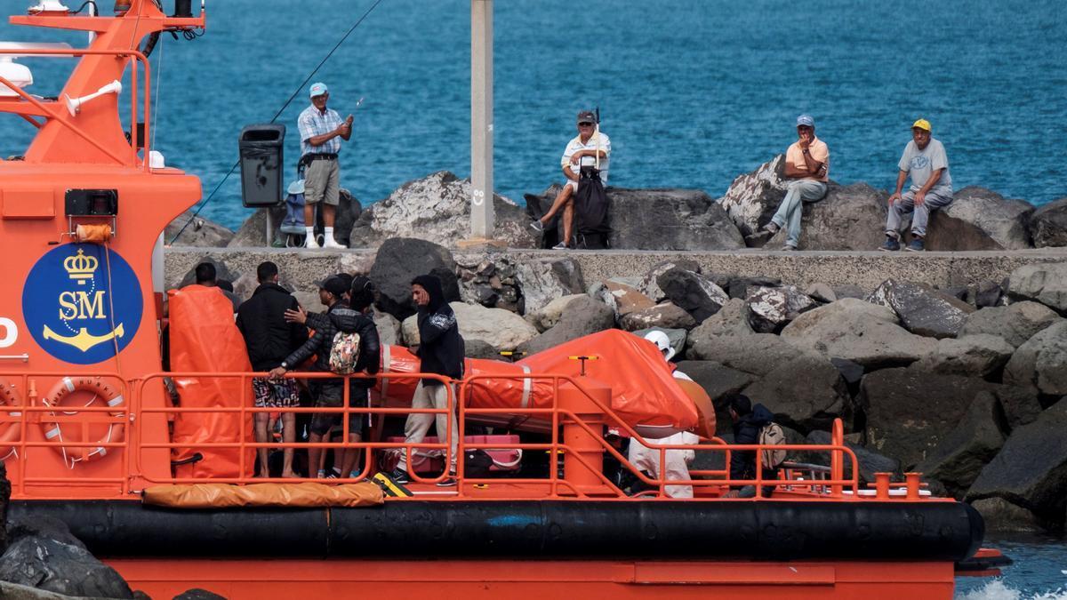 Foto de archivo de migrantes en Canarias.