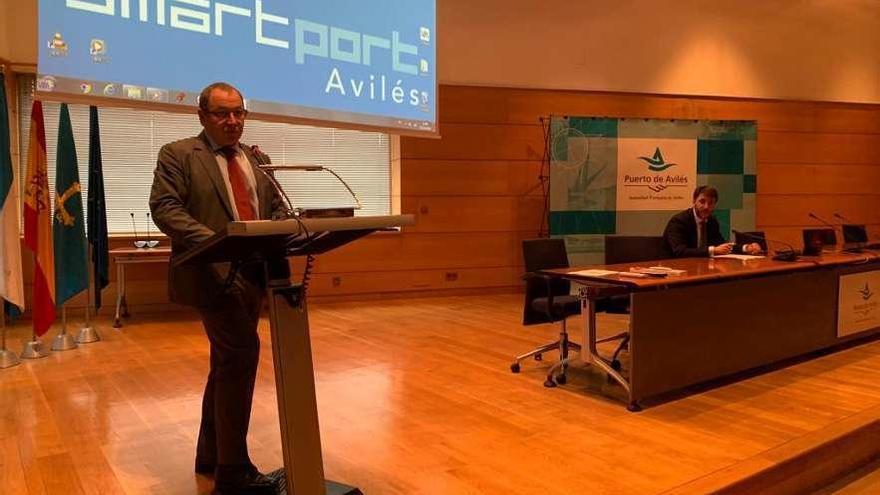 El Puerto abre una nueva etapa con la gestión digital del trabajo en los muelles