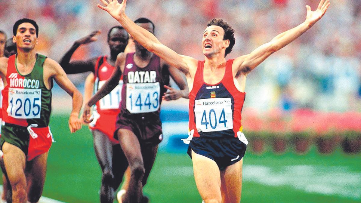 Fermín Cacho, en una imagen icónica en los Juegos de Barcelona 92.