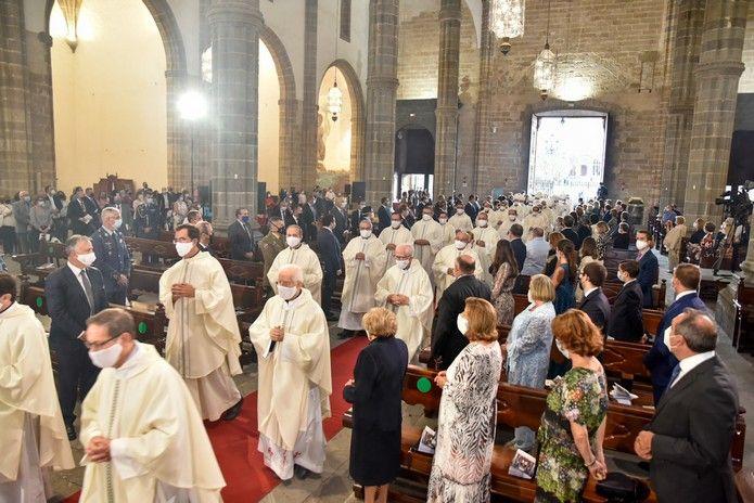Toma de posesión del nuevo obispo José Mazuelos