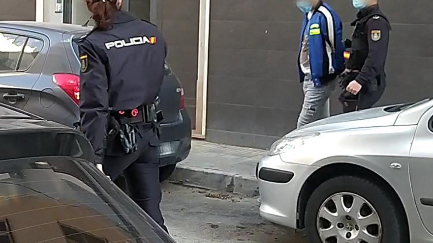 Detenidos dos jóvenes en Palma por arrebatar el reloj de lujo al cliente de un hotel y robar la cartera a un transportista