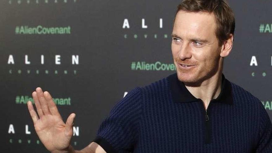 """Fassbender: """"El éxito de 'Alien' es el de una criatura aterradora y sexual"""""""