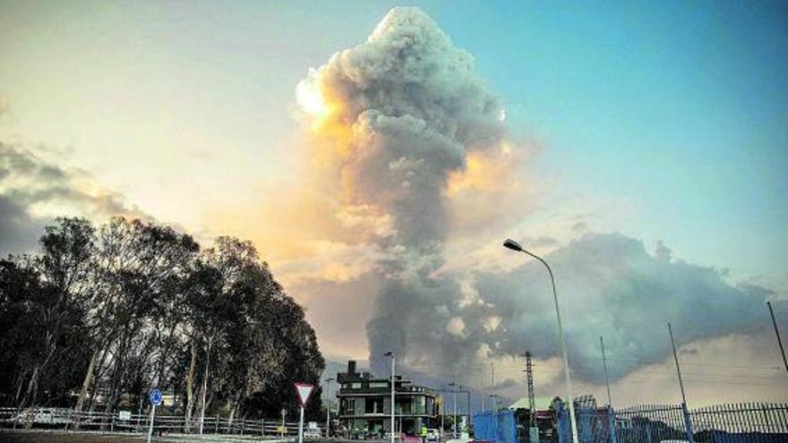 El volcà entra en fase explosiva i la lava ja ha destruït 420 edificacions