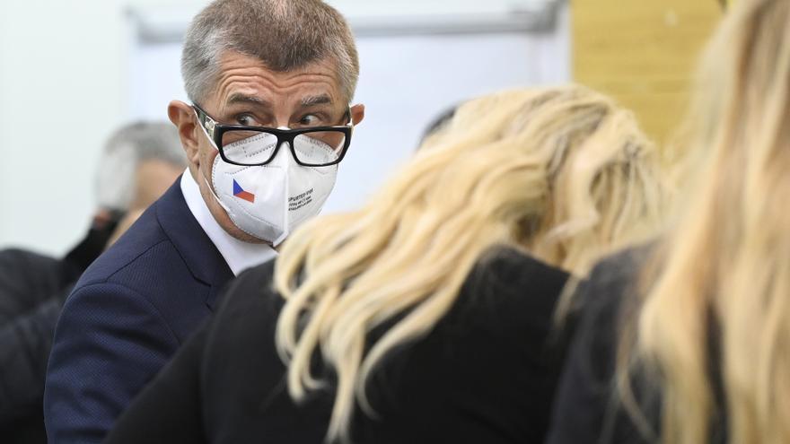 Vuelco al final del escrutinio en las elecciones checas: la oposición gana al partido del Gobierno