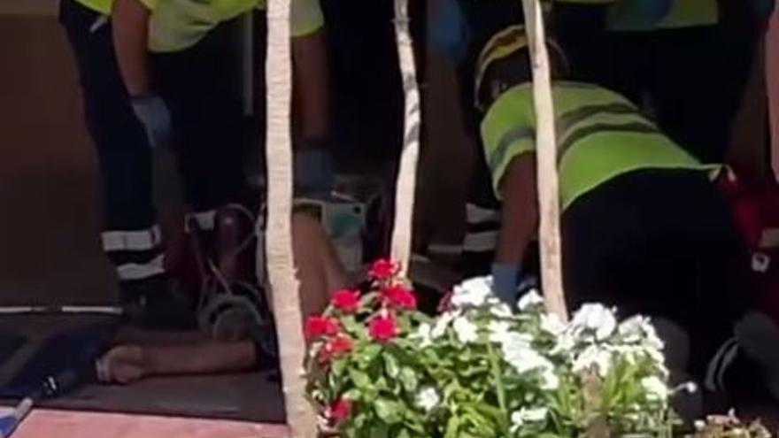 Dos fallecidos y varios heridos tras arrollar un coche la terraza de un bar en Roldán, Torre Pacheco
