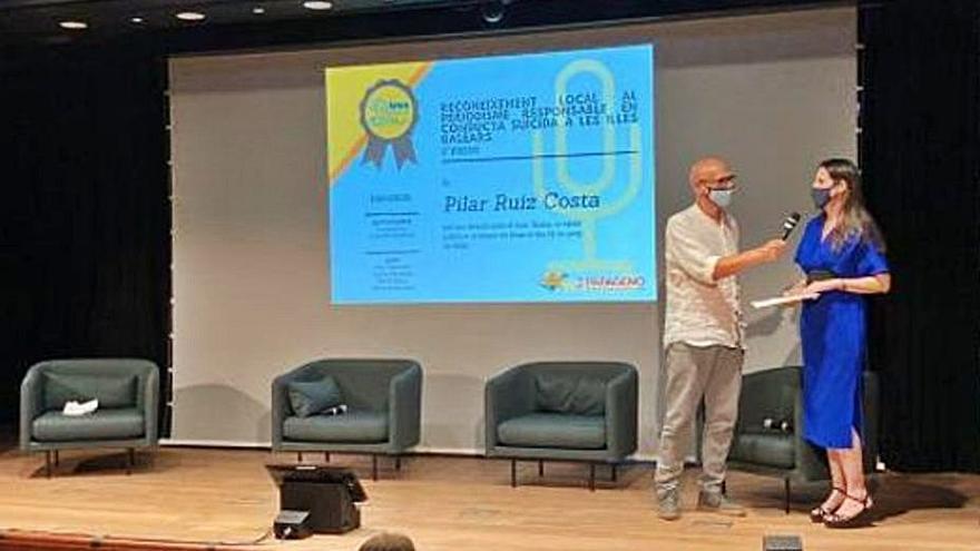 Pilar Ruiz y 'Diario de Ibiza' ganan un premio por un reportaje sobre el suicidio
