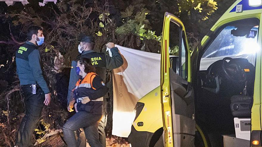 Una muerta y cuatro heridos por la caída de un árbol durante un concierto en Mondariz-Balneario
