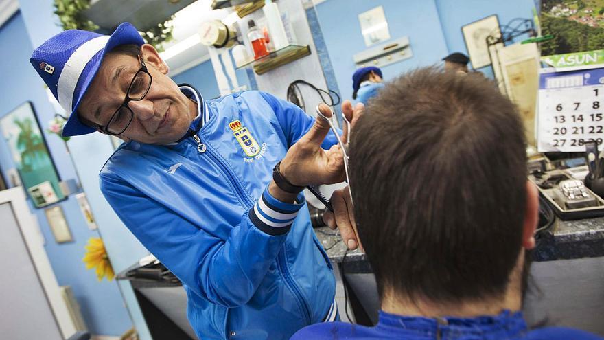 Triste despedida para el peluquero más oviedista: duelo por Jacinto Rodríguez