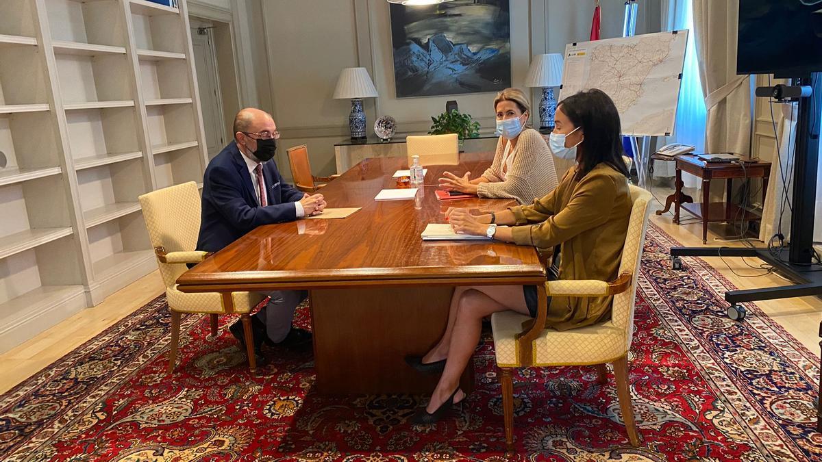 El presidente aragonés se ha reunido con la ministra de Transportes, Raquel Sánchez, este jueves en Madrid.
