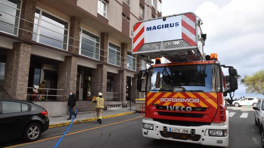 La Policía investiga el incendio del hotel Riazor