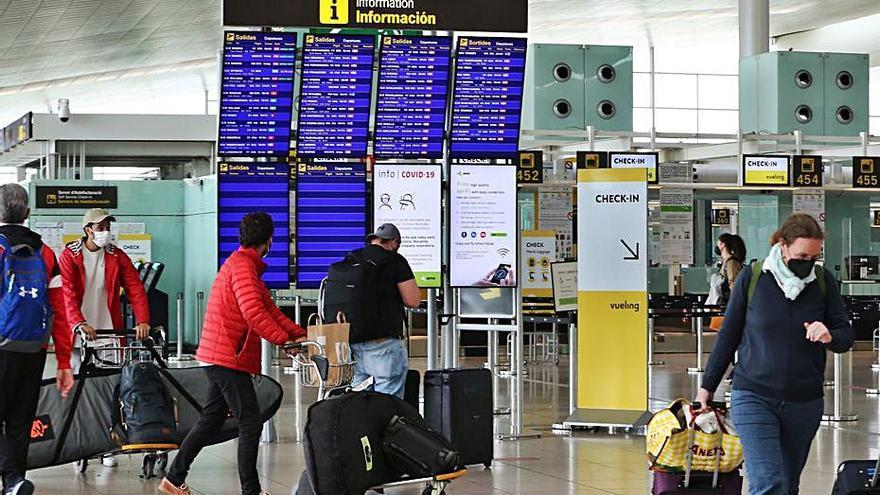 El Prat tanca el juliol amb 2,2 milions de passatgers