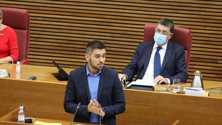 """Compromís: """"El Gobierno de España se pone del lado de las grandes farmacéuticas"""""""