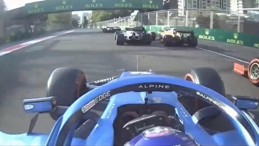 La impresionante arrancada de Alonso en Bakú