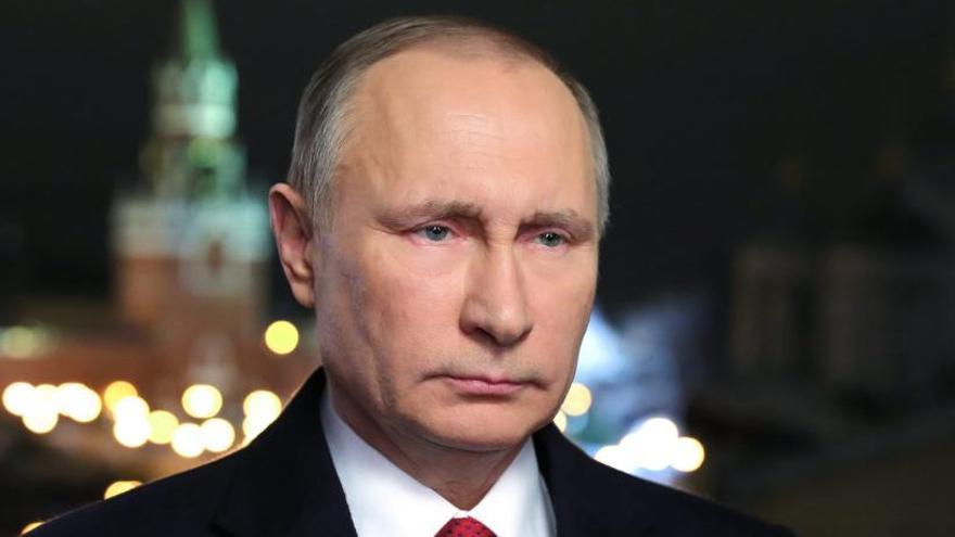 Putin aprova la llei que despenalitza la violència domèstica