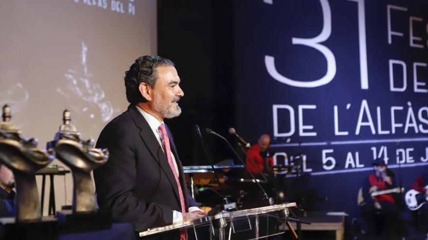 El Festival de Cine de l'Alfàs dona cerca de 4.000 euros a Médicos Sin Fronteras