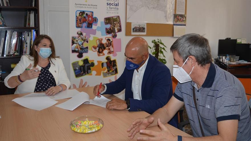 Montemar renueva su acuerdo con Acción Social