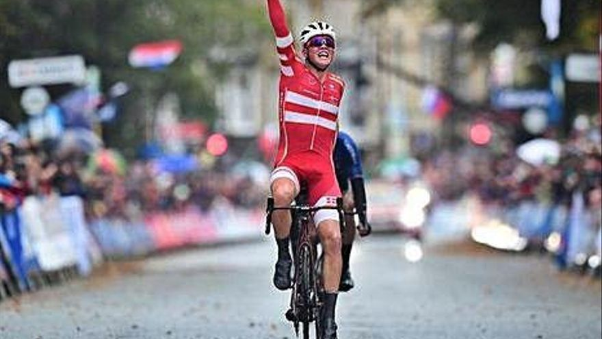Mads Pedersen és el nou campió del món en ruta a la prova de  Yorkshire