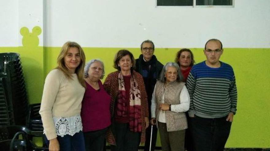 El PSOE se reúne con vecinos de La Herradura para conocer sus demandas