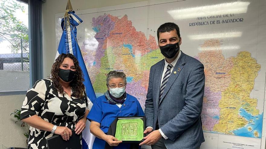 Vila-real exporta sus políticas de participación a El Salvador