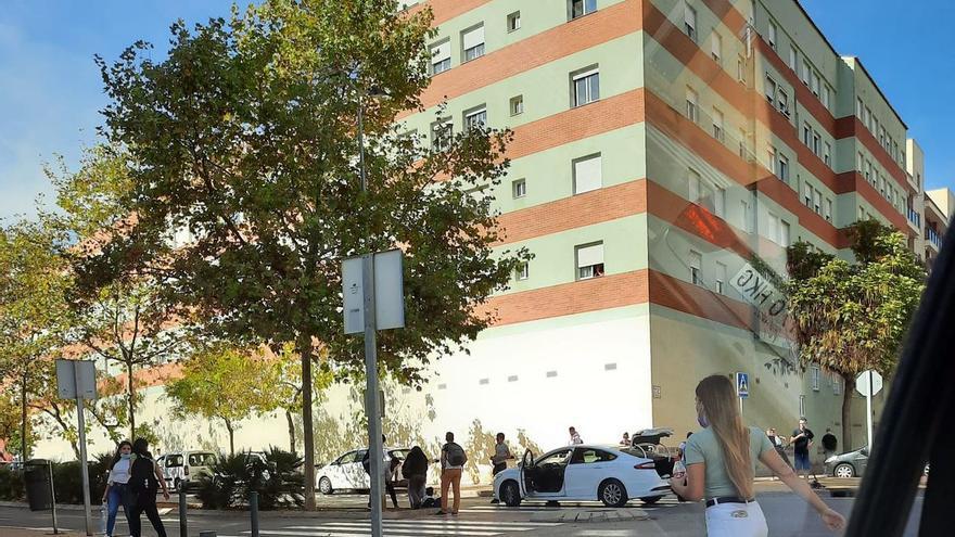 ÚLTIMA HORA | Accidente entre un vehículo y un patinete eléctrico en Castelló