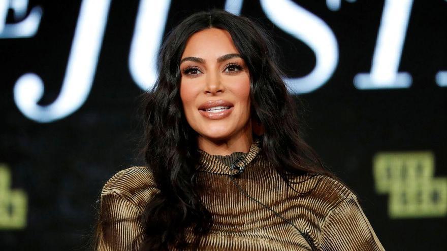 Kim Kardashian ya es milmillonaria gracias a sus negocios de ropa y maquillaje