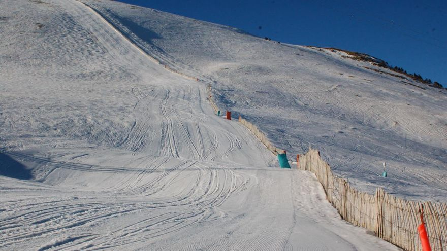 El jove esquiador que va morir a la Molina va impactar amb el pal d'un paravent
