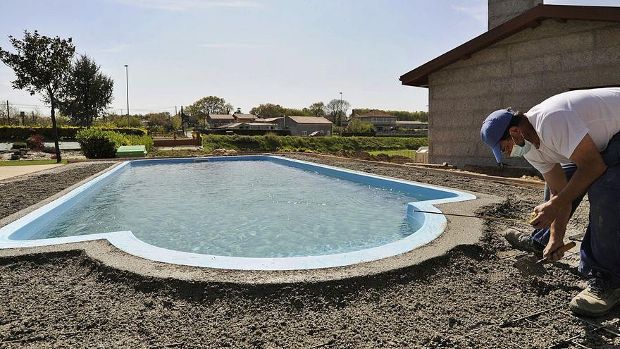 Comprar un casa en Galicia con piscina es un tercio más caro que si no la tiene