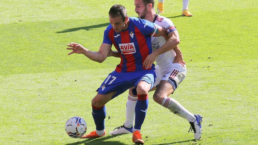 Eibar y Osasuna se reparten los puntos en un intenso duelo