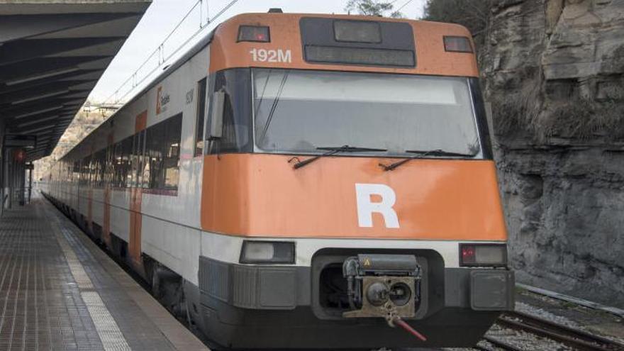 Troben bolets al sostre d'un tren de Rodalies