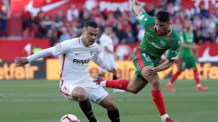 El Sevilla se impone en el duelo por Europa