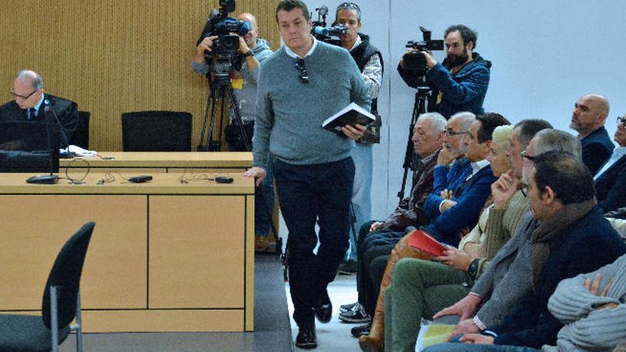 El 'sí' a regañadientes de Víctor Hugo Rosales pone el suspense