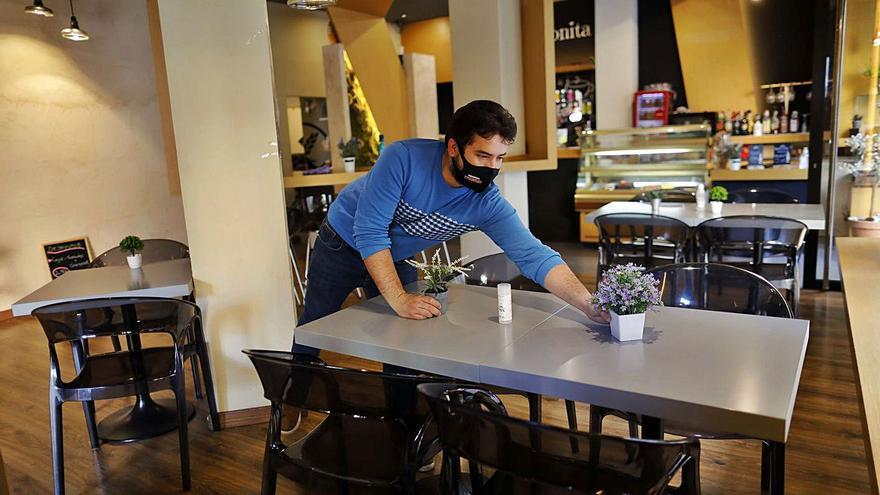 La hostelería celebra el alivio y pide ayuda a sus clientes para seguir abierta