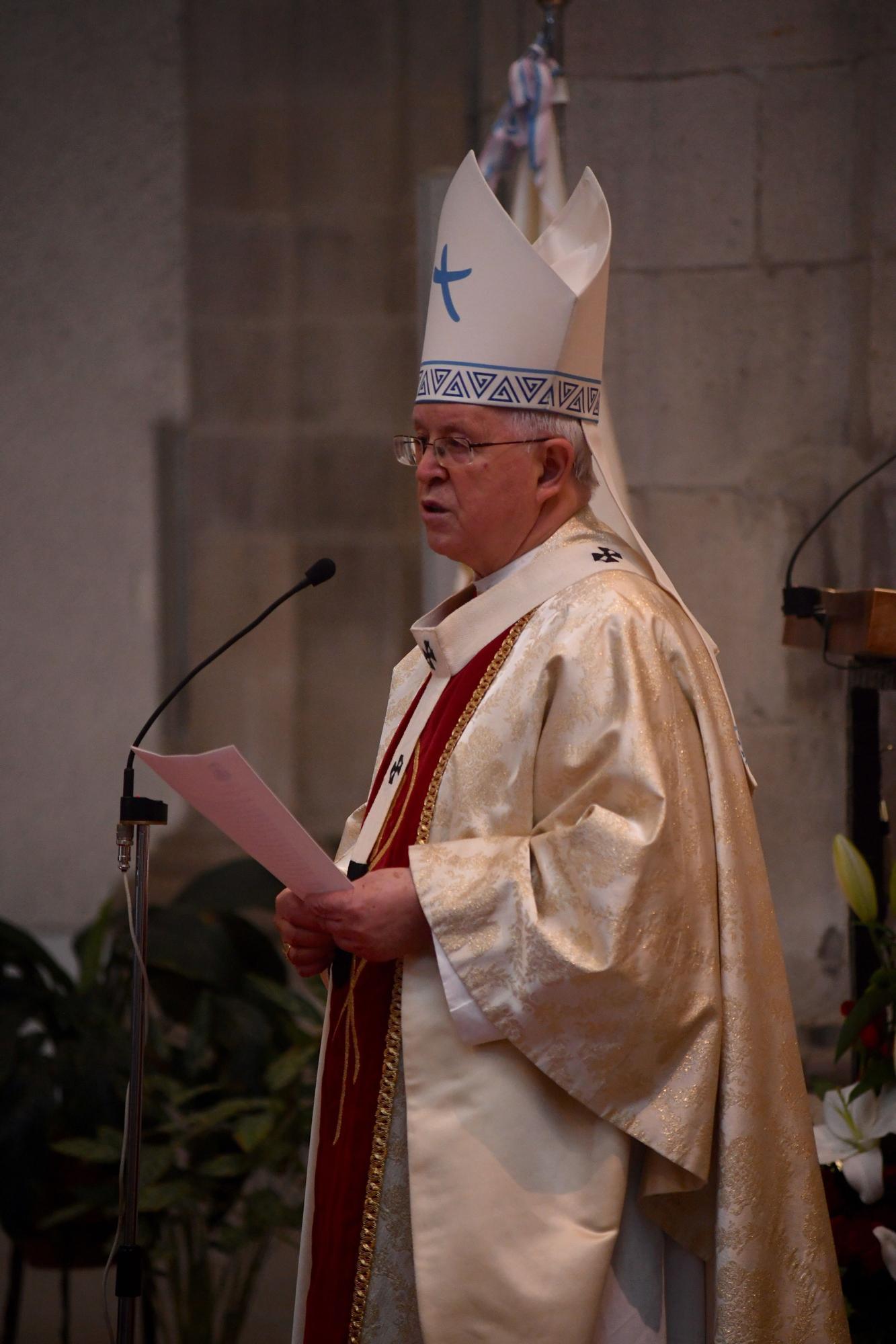 Misa del Rosario en la iglesia de los Dominicos